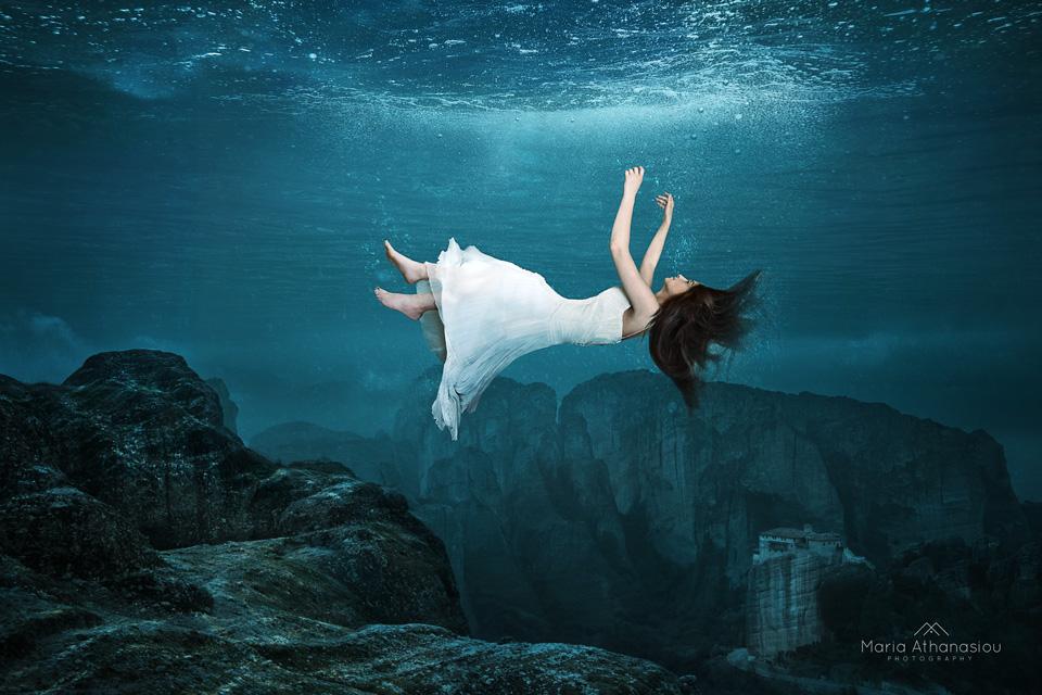 Καλλιτεχνική ομάδα «Ίριδα»  Έκθεση εικαστικών τεχνών H2O
