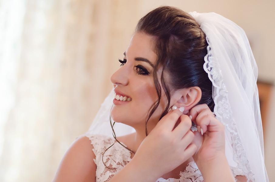 Φωτογράφιση νύφης γάμος Γιανιτσά