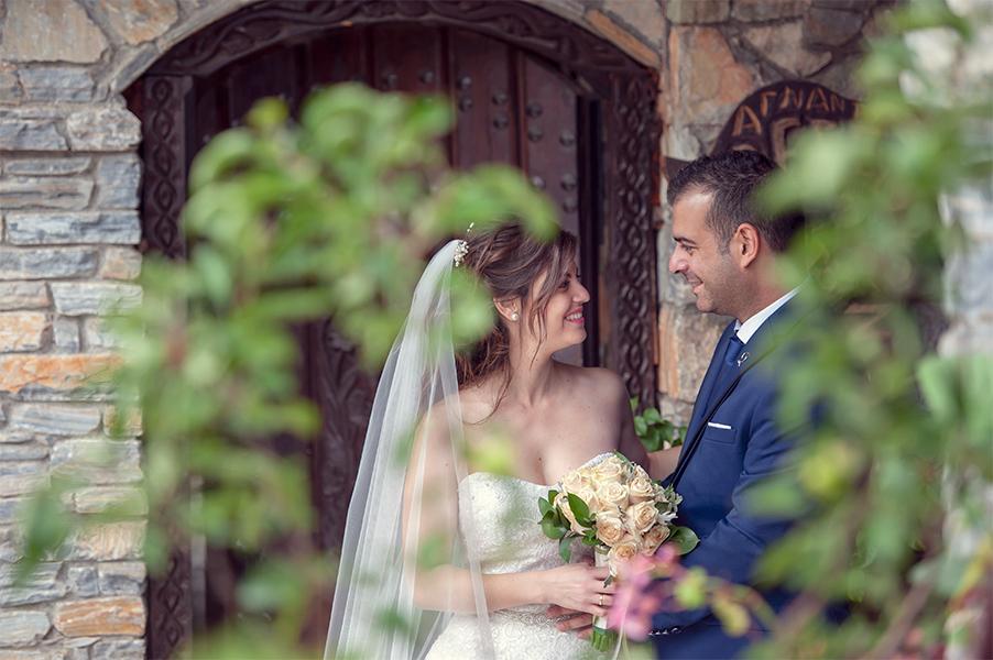 Φωτογράφιση γάμου Λάρισα νύφη γαμπρός